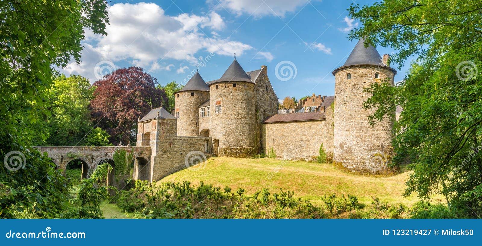 Panorama Bij Het Kasteel Van Corroy Le Chateau In De