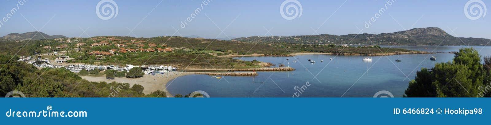 Panorama brzegu Sardynii