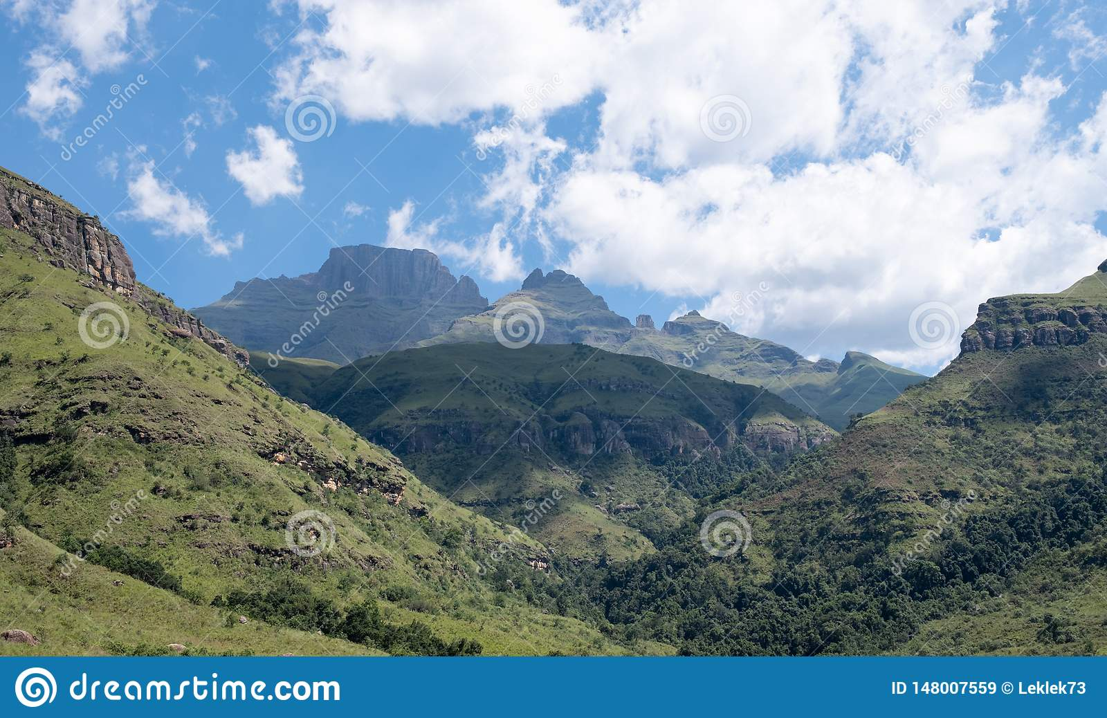 Champagne Valley near Winterton, forming part of the central Drakensberg mountain range, Kwazulu Natal, South Africa.
