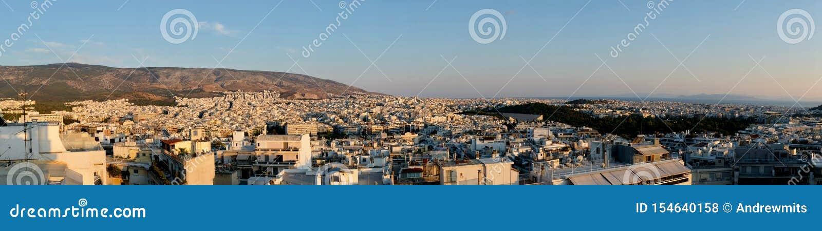 Panorama da arquitetura da cidade de Atenas, Grécia