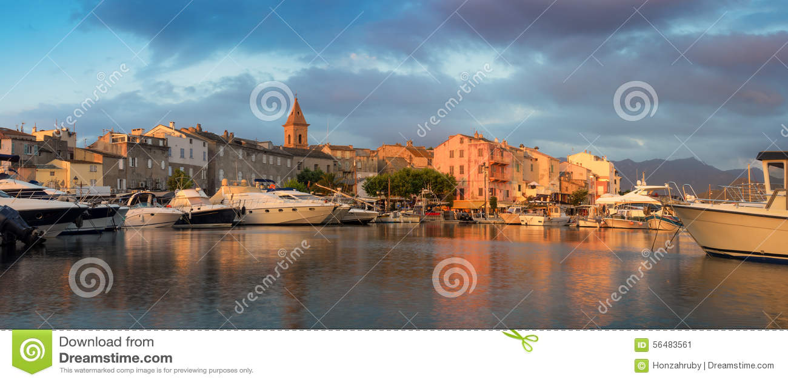 Panorama de beaux ville de Florent de saint et port, Corse