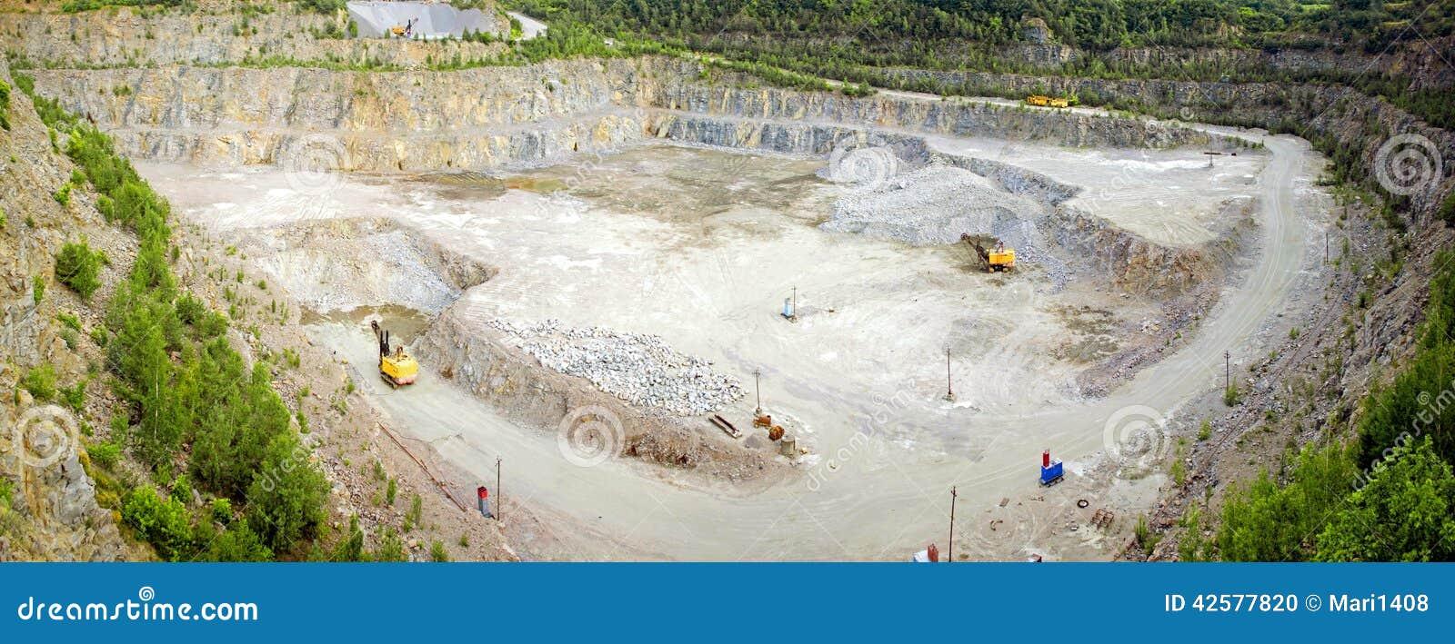 Panorama de carrière de granit