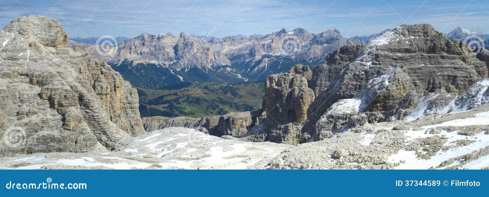 Panorama de dolomites dos cumes