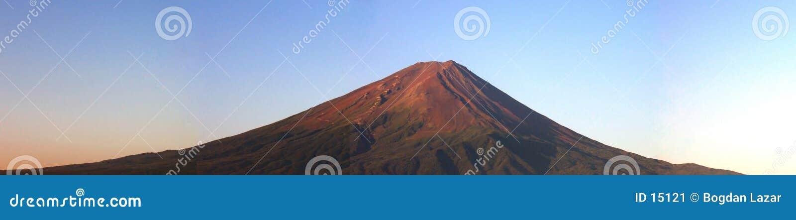 Panorama de Fuji de support au lever de soleil