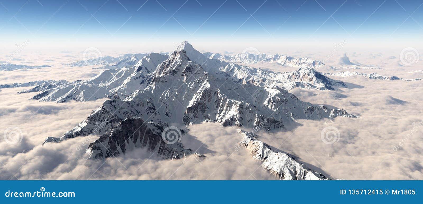 Panorama de la montaña sobre las nubes