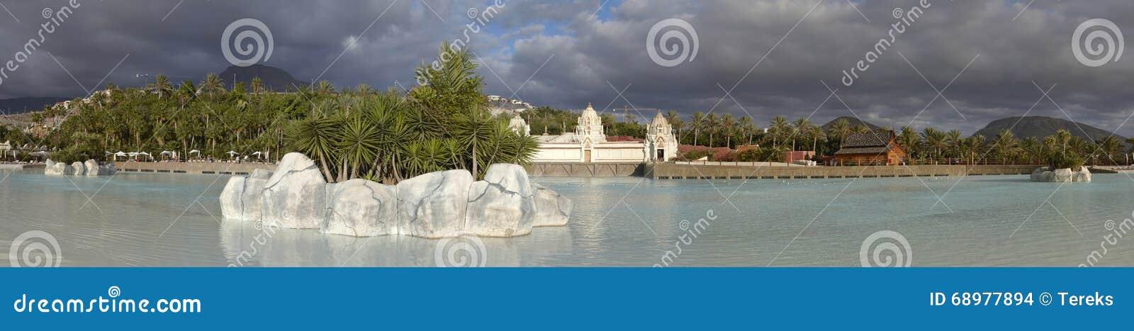 Panorama de la piscina en Siam Park
