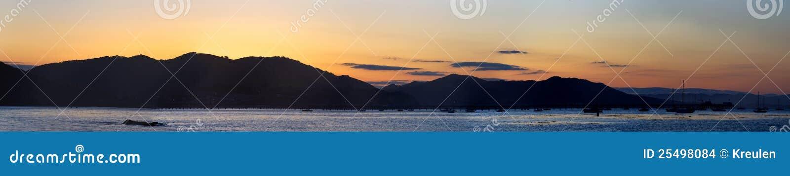 Panorama de lever de soleil de compartiment de San Luis Obispo