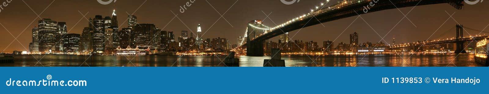 Panorama de nuit de Manhattan
