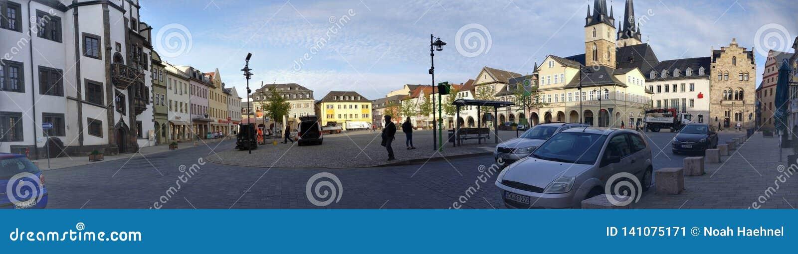 Panorama de petite ville Market Place Saalfeld