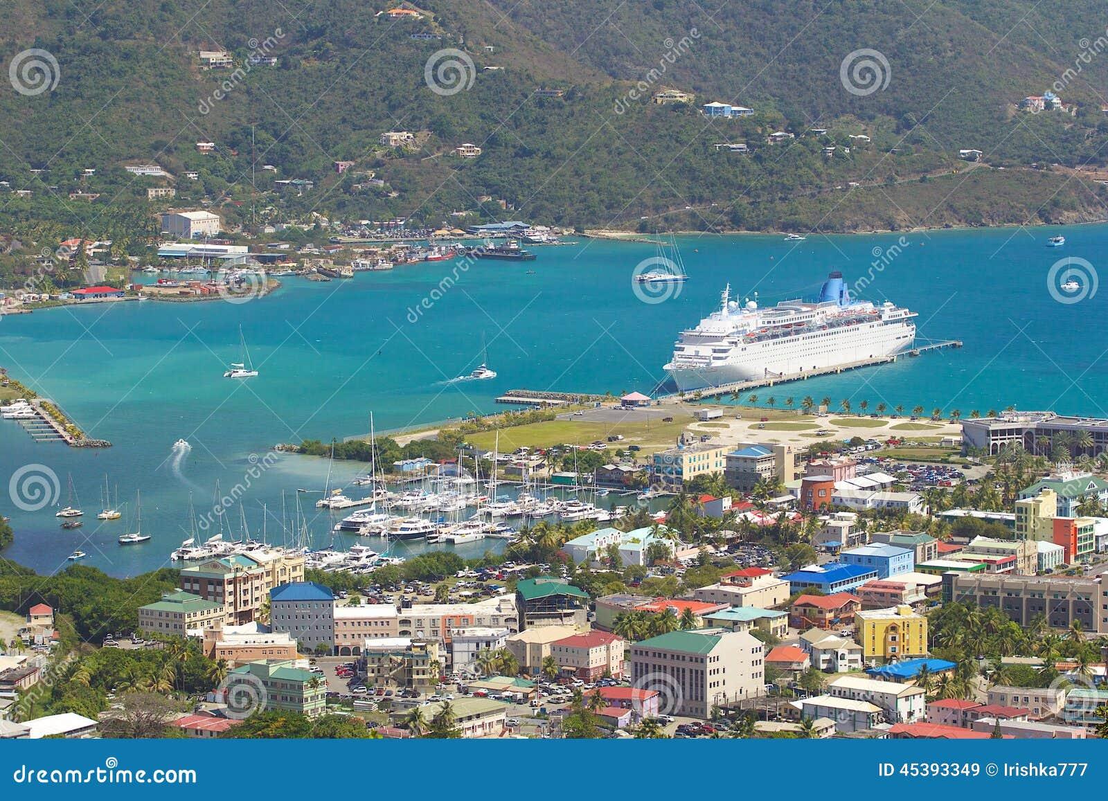 Panorama de Roadtown en Tortola, del Caribe