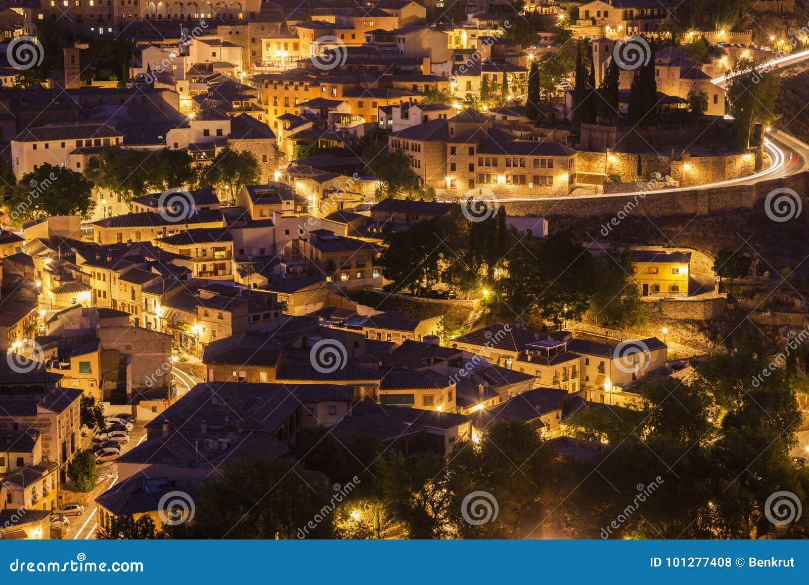Panorama de Toledo na noite