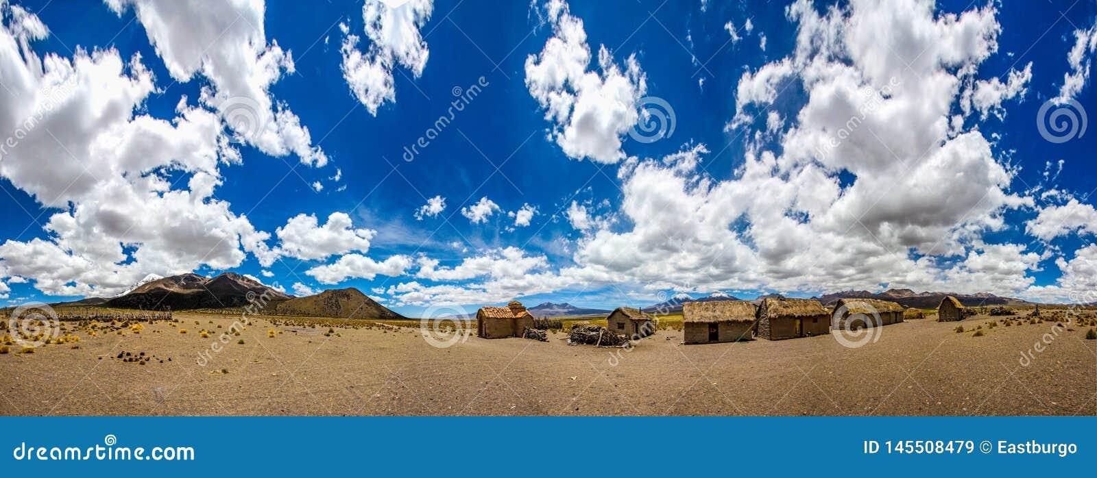 Panorama de uma vila de Famming do boliviano