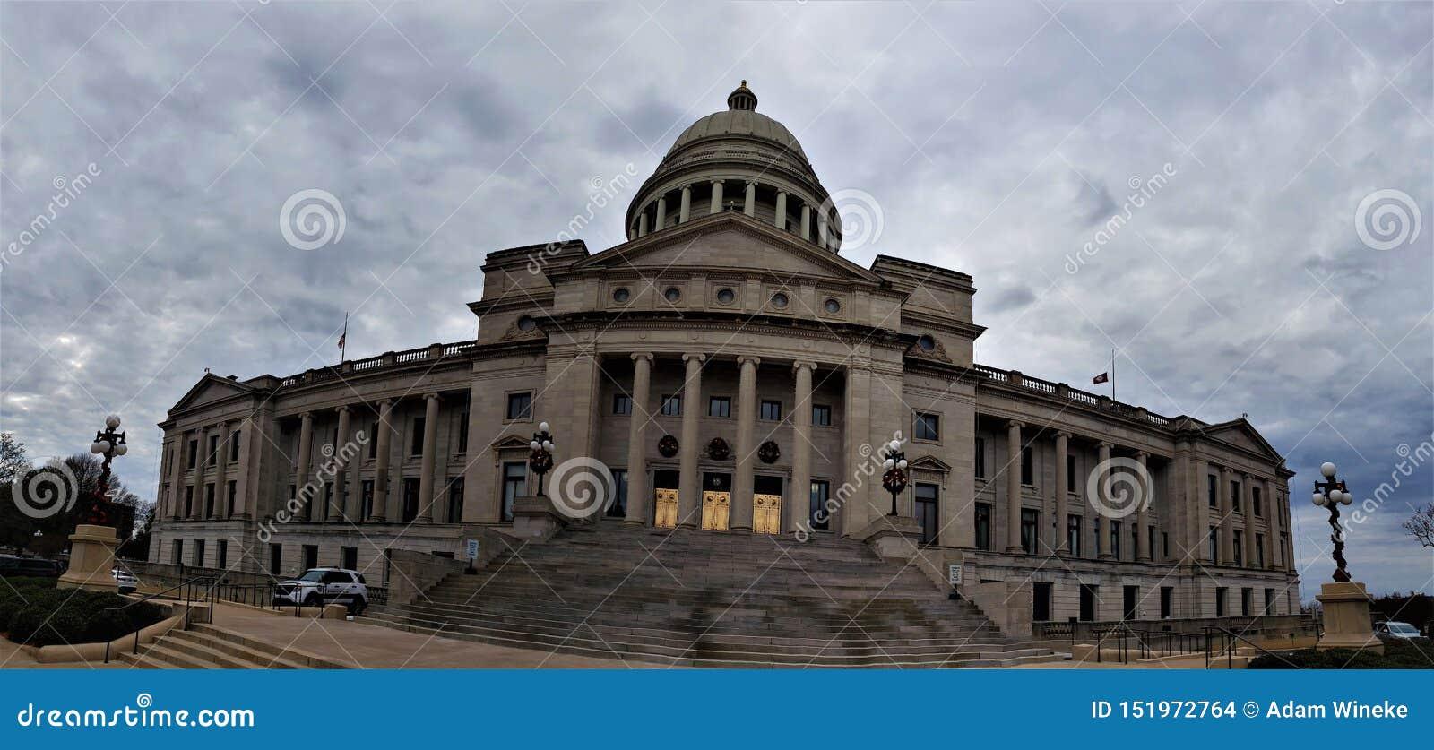 Panorama del capitolio del estado de Arkansas