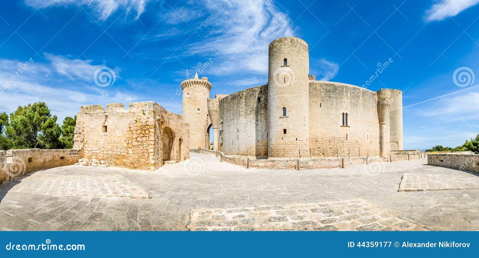 Panorama del castello di Bellver