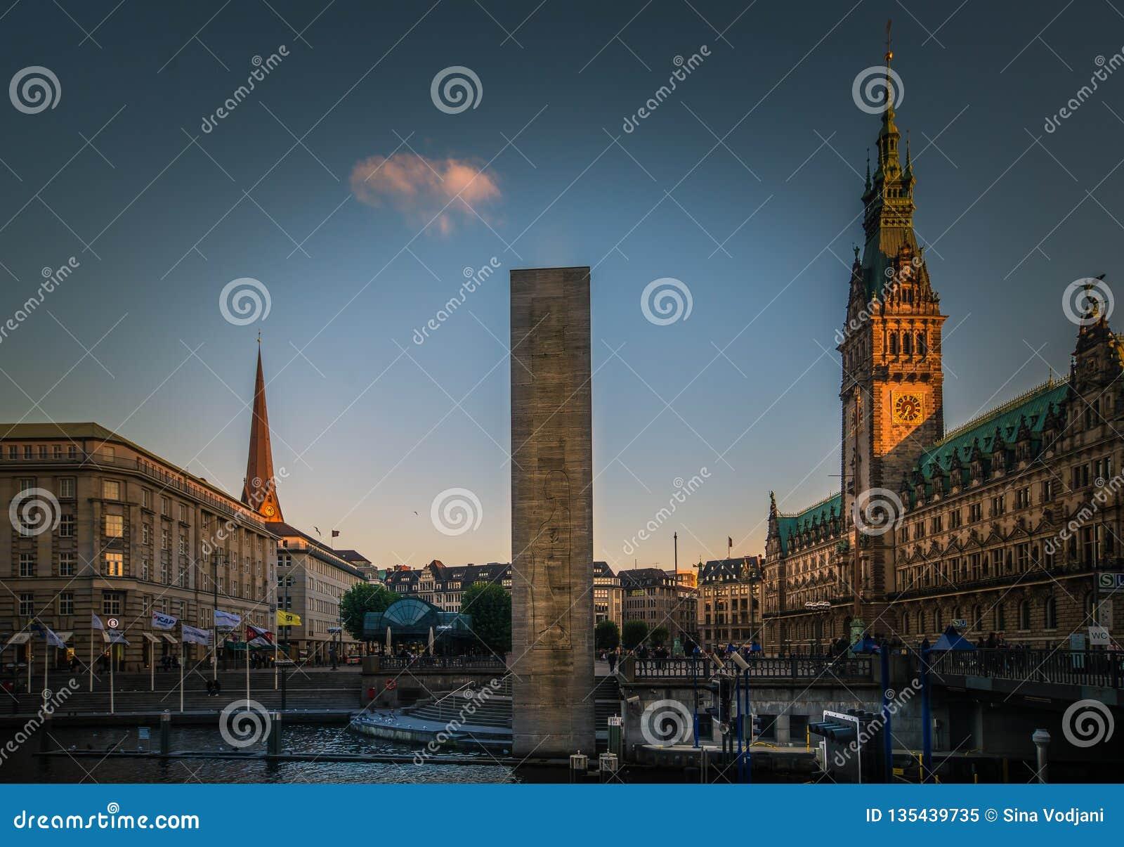 Panorama del comune di Amburgo Rathaus
