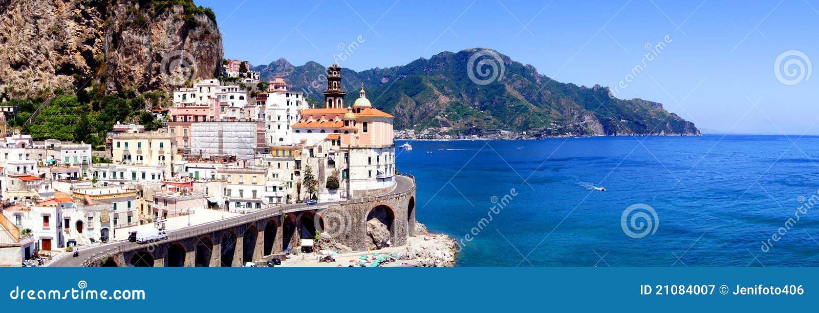 Panorama del litorale di Amalfi