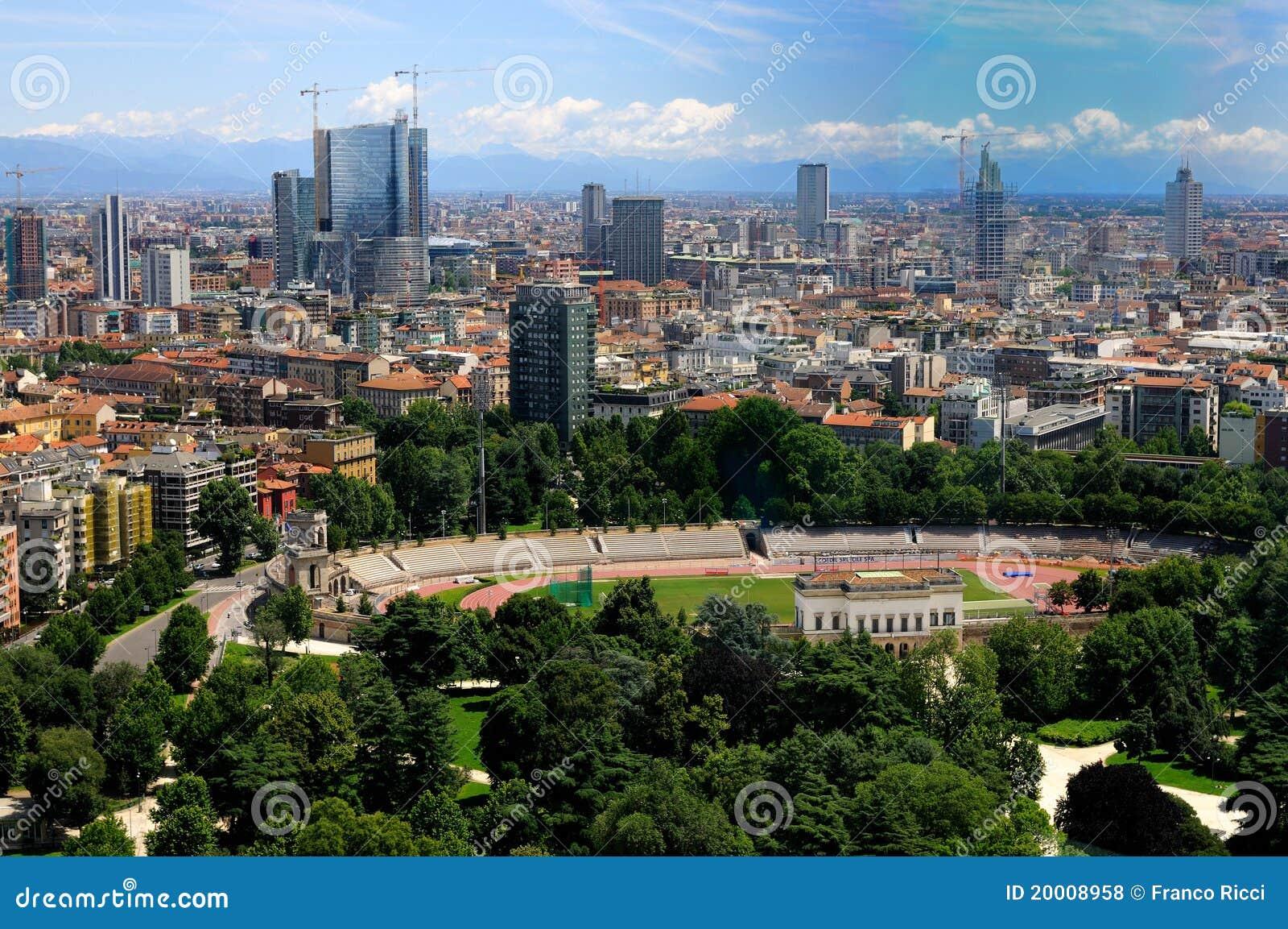 Panorama di milano arena e nuovi grattacieli fotografia for I nuovi grattacieli di milano