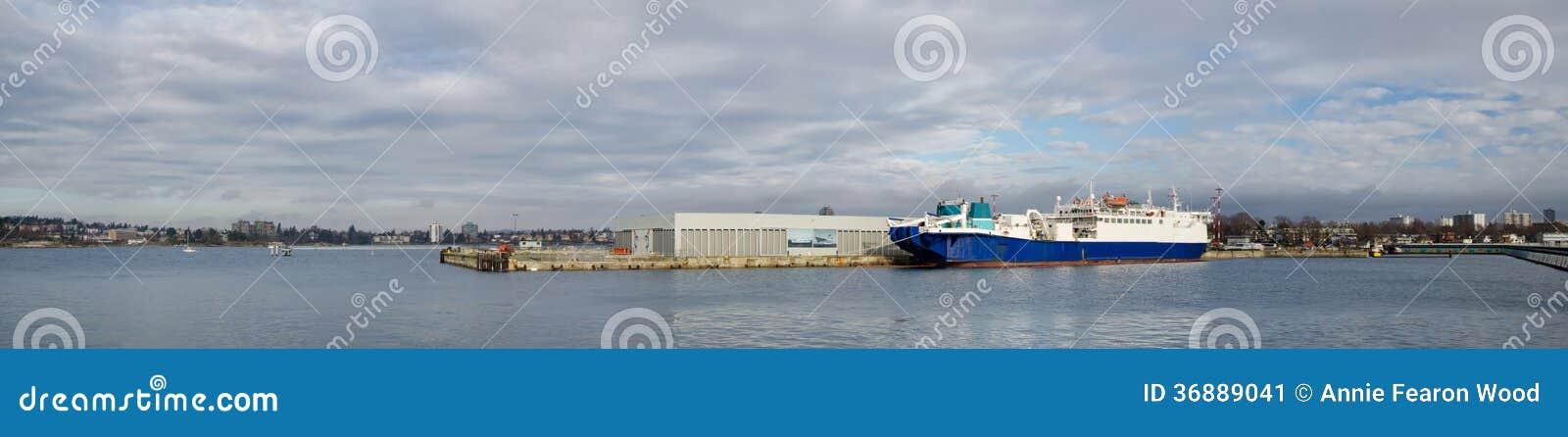 Download Panorama Di Ogden Point, Victoria, BC Canada Immagine Stock - Immagine di pilastro, porto: 36889041