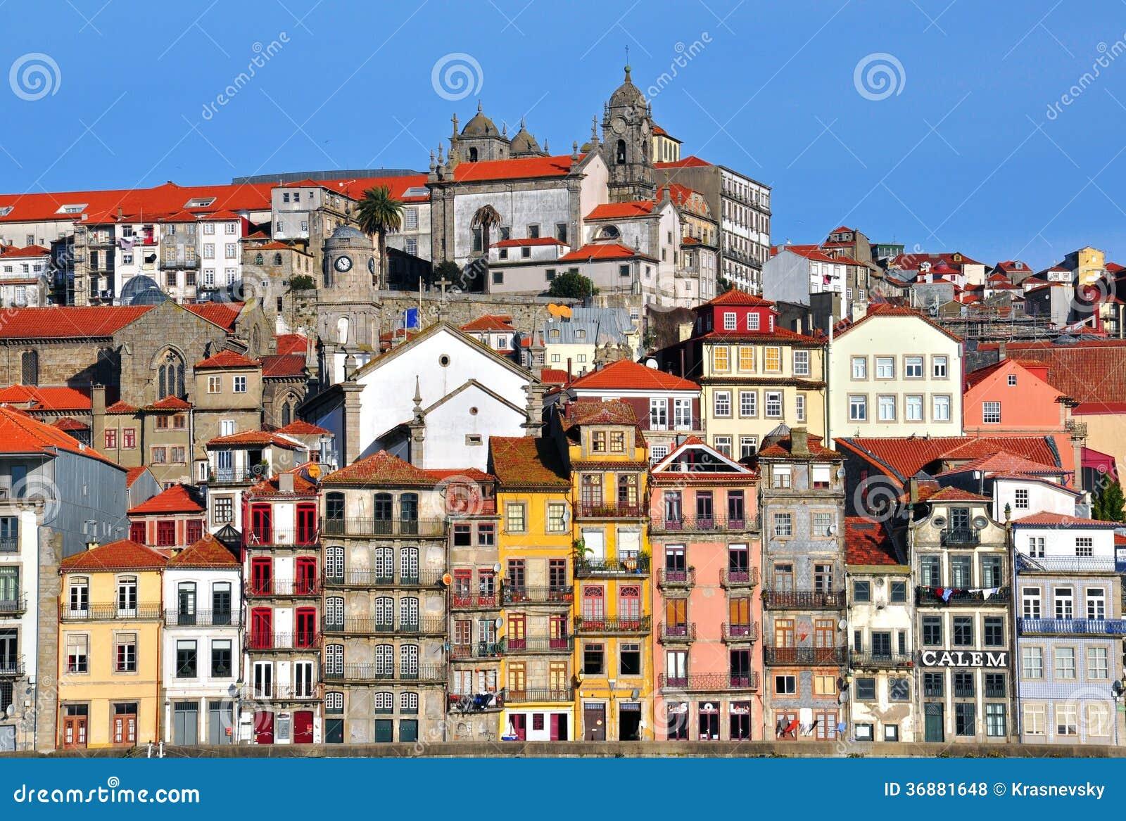 Download Panorama Di Oporto Del Centro Fotografia Stock Editoriale - Immagine di limiti, case: 36881648