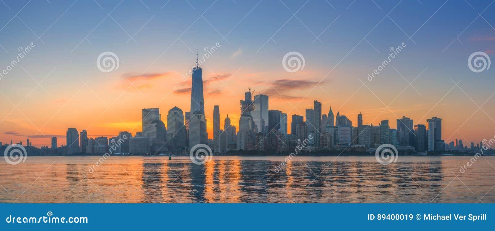 Panorama do nascer do sol de Manhattan