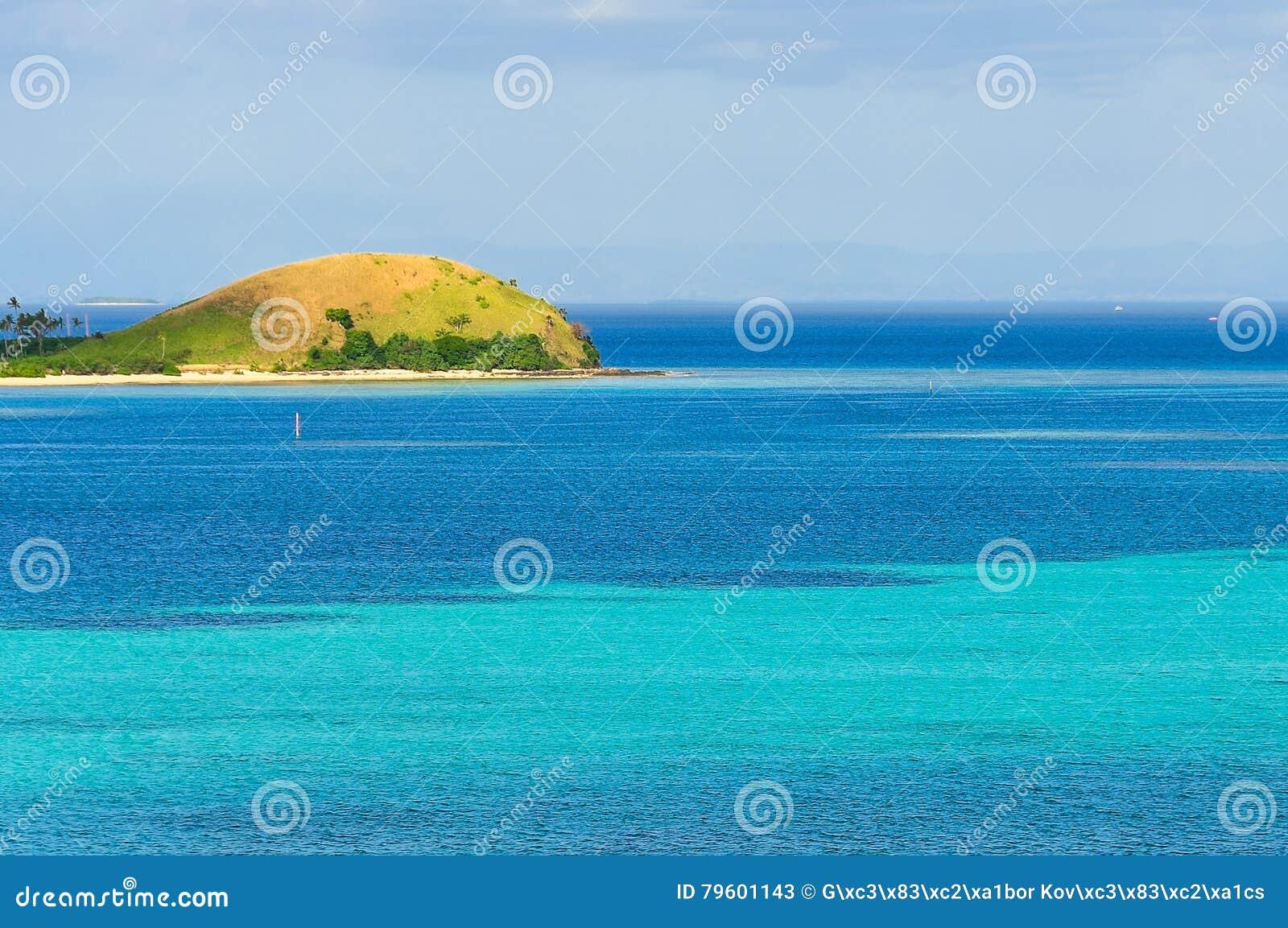Panorama do ponto de vista em Mana Island, Fji