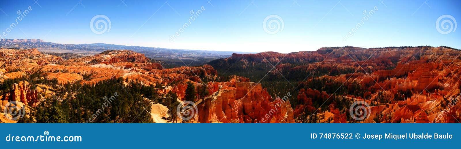 Panorama do ponto do nascer do sol da garganta de Bryce