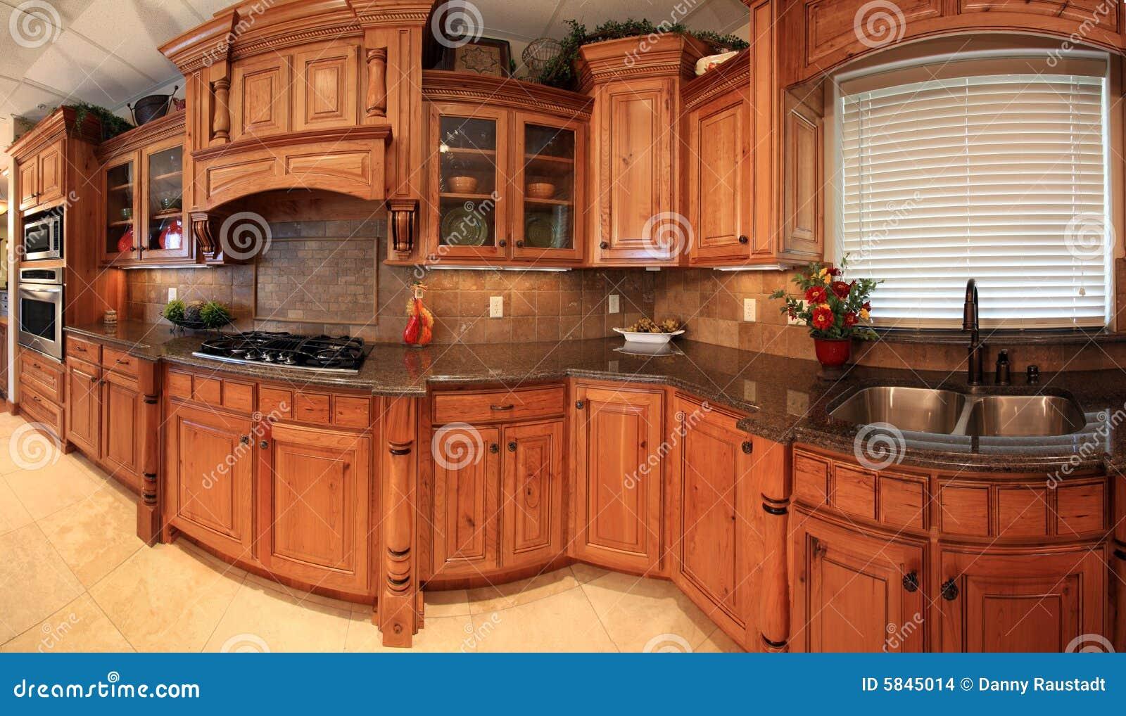 Panorama hermoso de la cocina