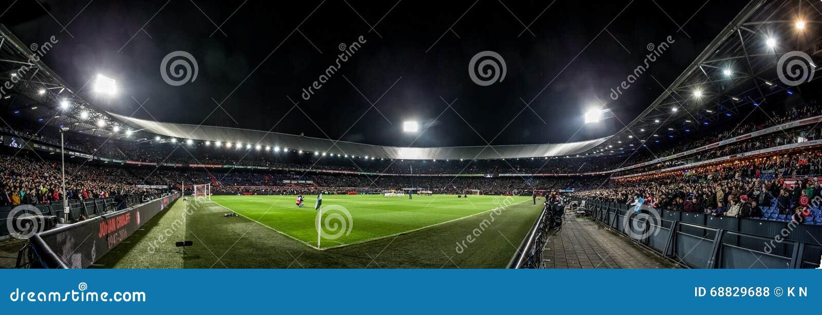 Panorama overview de Kuip at Evening match