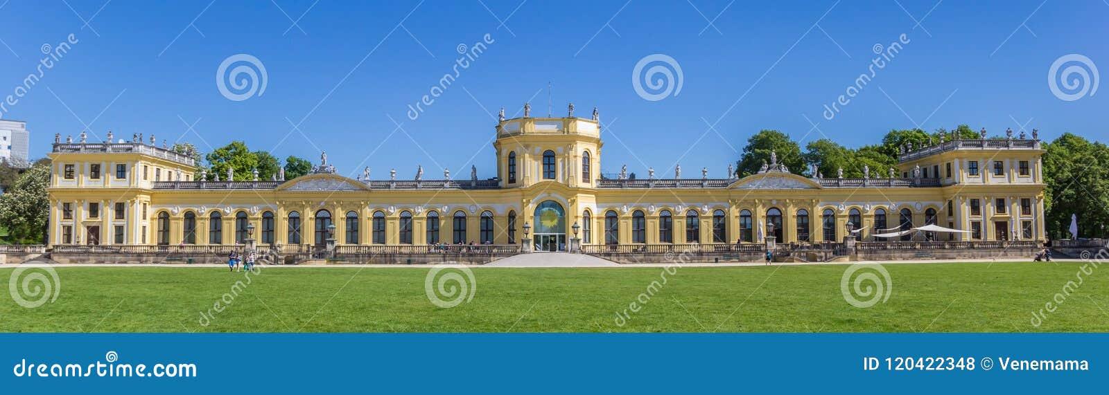 Panorama pałac w Karlsaue parku Kassel