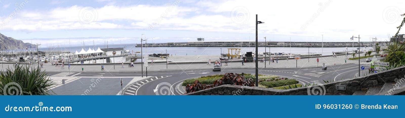 Panorama port w Funchal na wyspie madera
