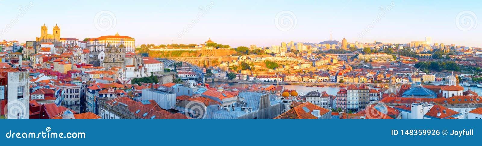 Panorama Porto Old Town Gaia