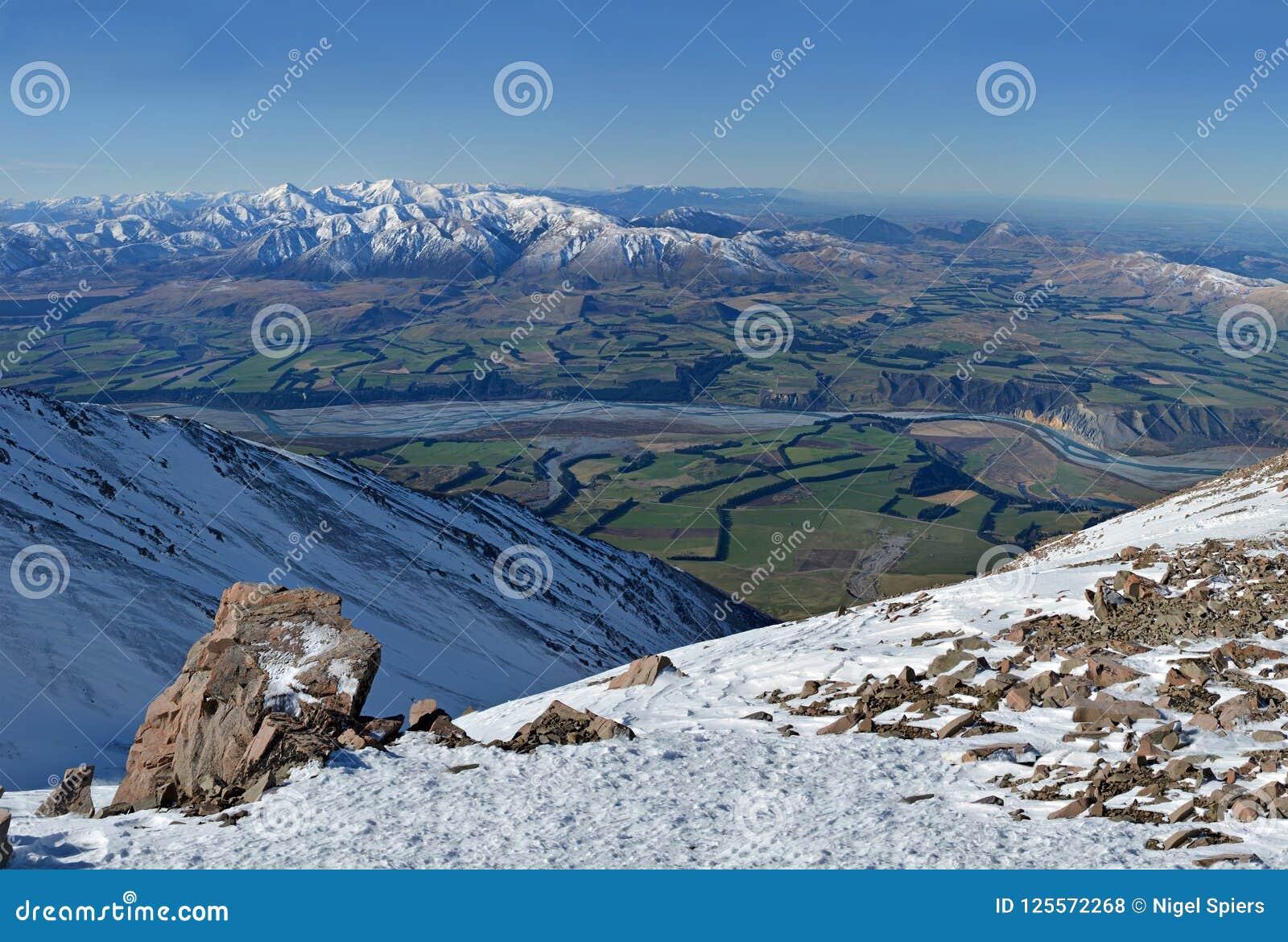 Panorama Rakaia Rzeczna dolina od wierzchołka góra Hutt