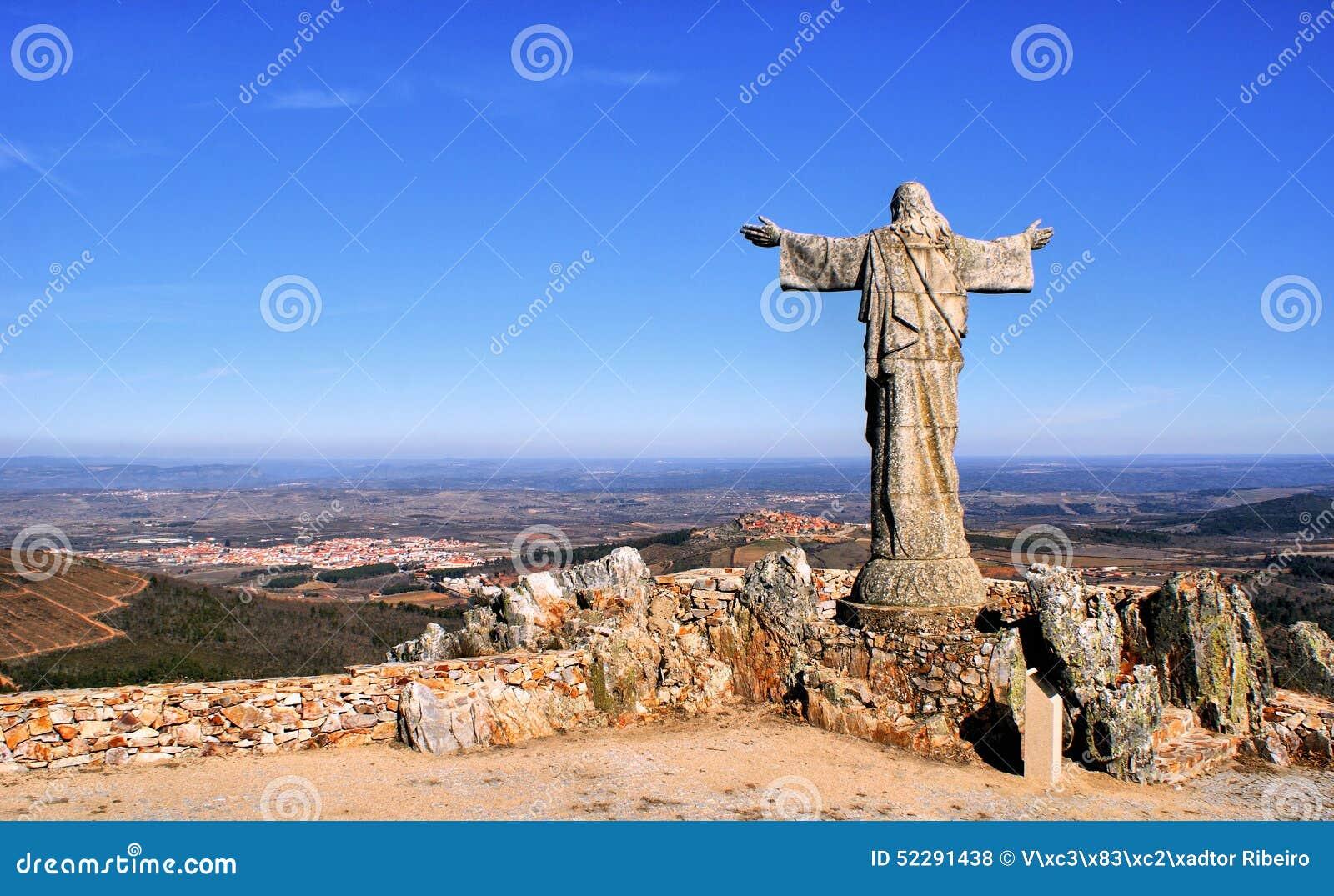 Download Panorama Of Sierra Marofa In Figueira De Castelo Rodrigo Stock Photo - Image of statue, mountains: 52291438