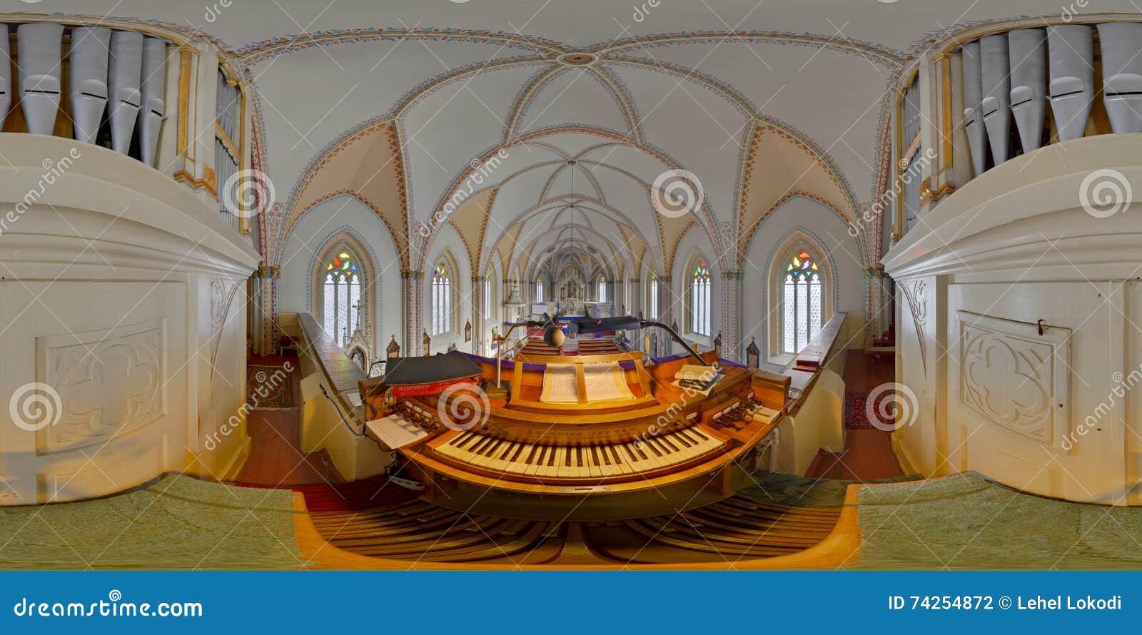 Panorama sphérique de l organe de tuyau de l église de St Peter, Cluj-Napoca, Roumanie