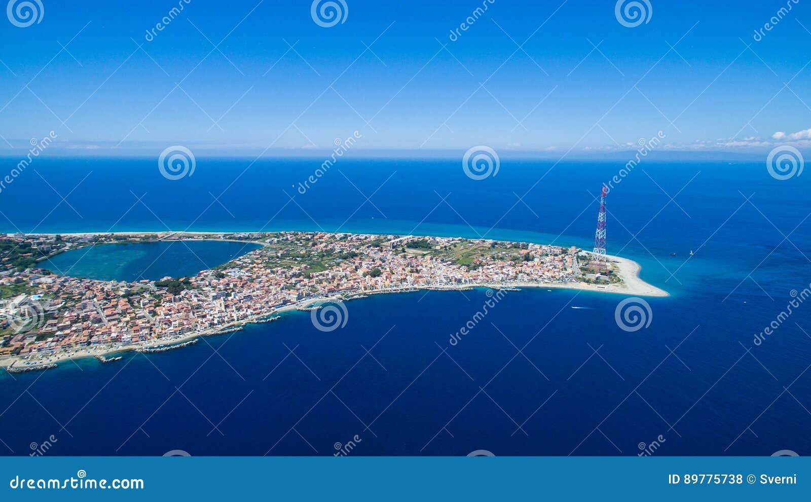 Panorama van de Straat van Messina