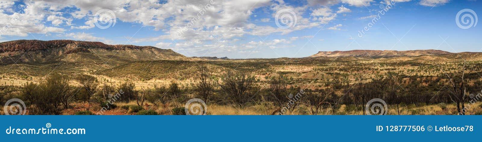 Panorama van de waaier van het westenmcdonnell van Cassia Hill, Noordelijk Grondgebied, Australië