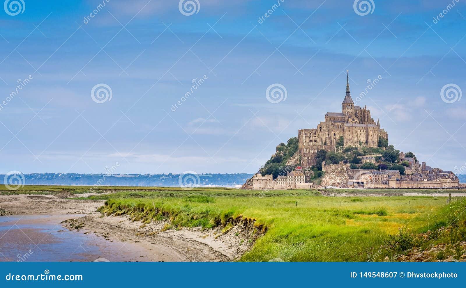 Panorama van het kasteel van Le Mont Saint Michel