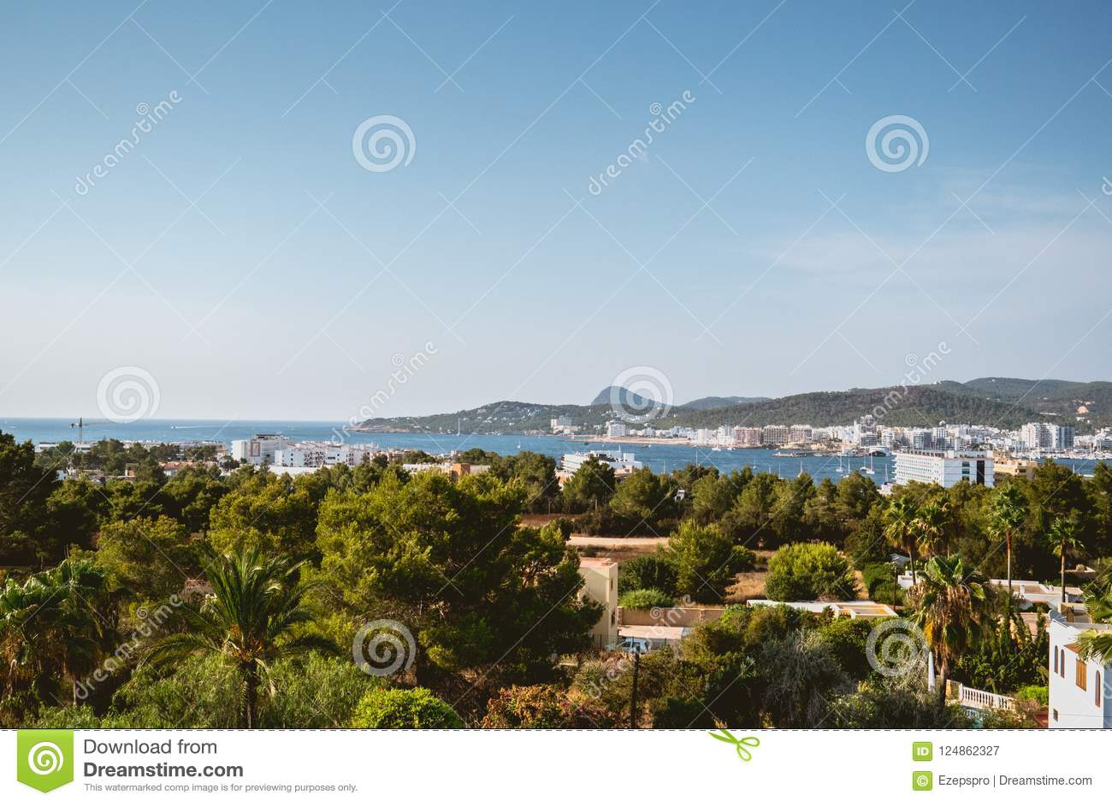 Panorama van San Antonio Bay, Ibiza, Spanje