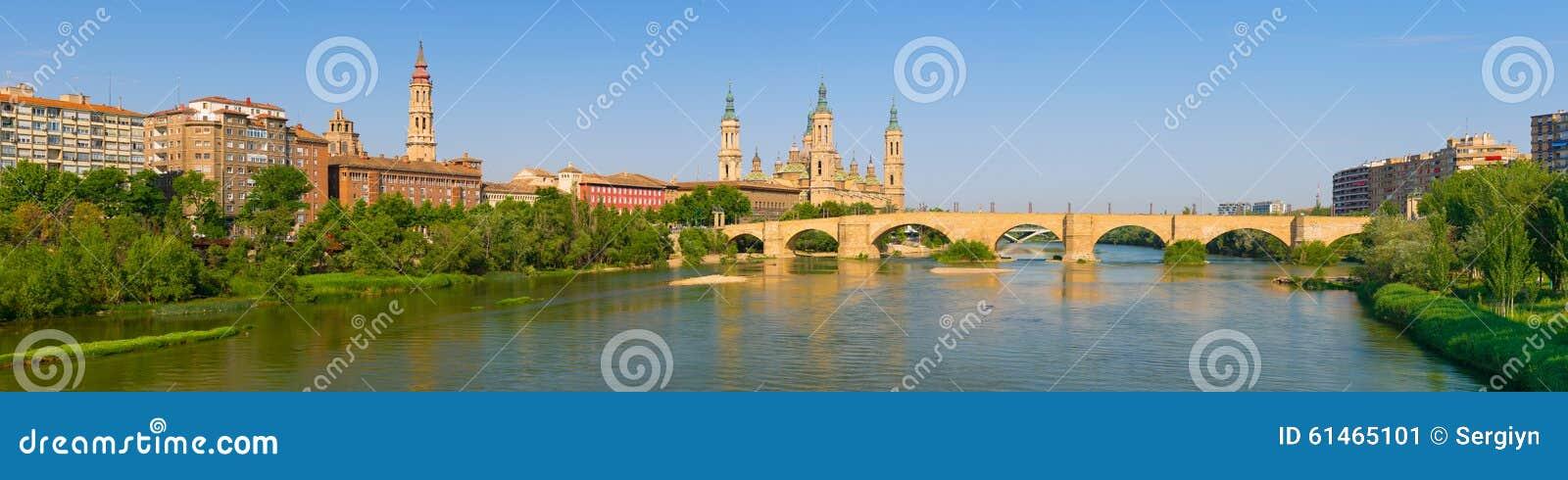 Panorama van Zaragoza