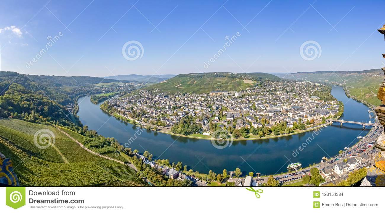 Panorama view of the bend in the Moselle river at Traben Trarbach, Germany
