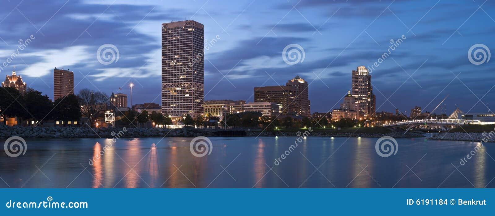 Panorama von Milwaukee - XXXL