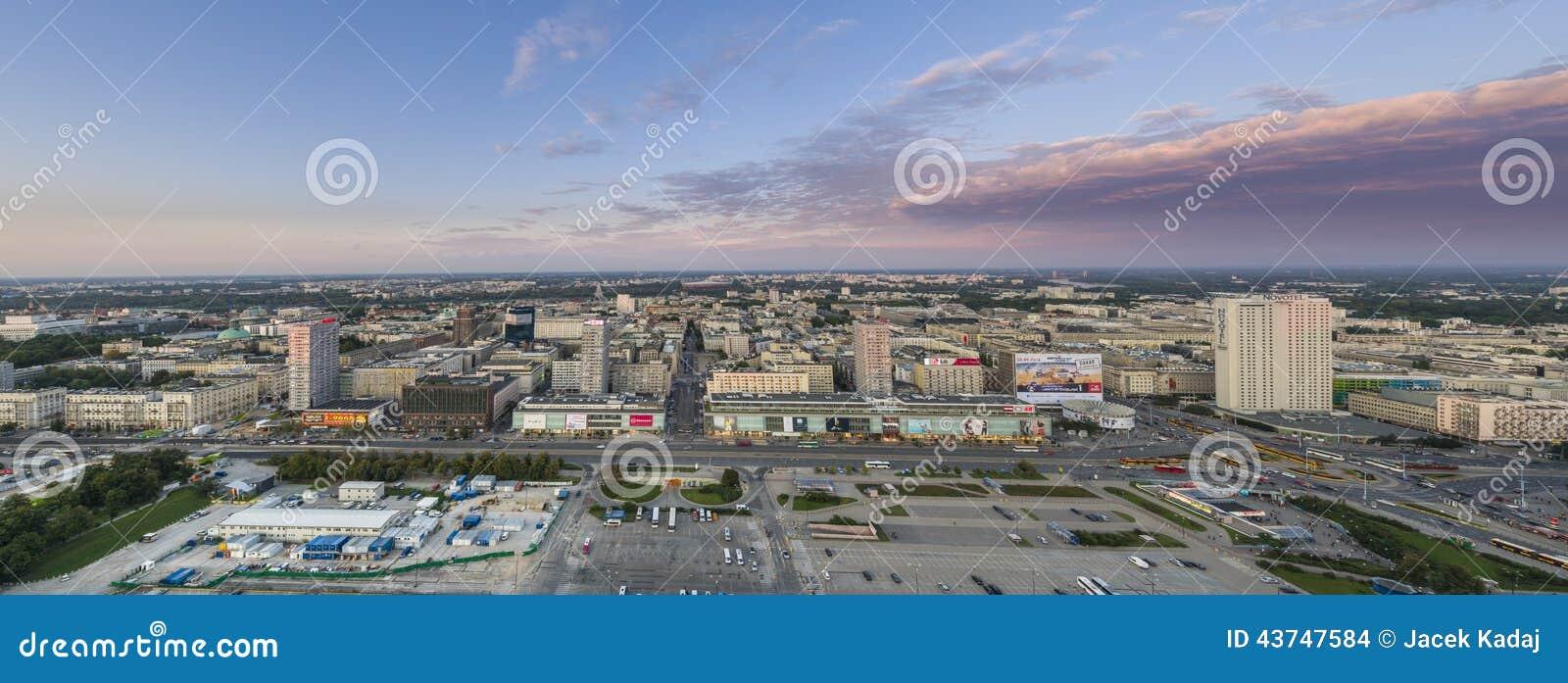 panorama von warschau hauptstadt von polen redaktionelles stockbild bild 43747584. Black Bedroom Furniture Sets. Home Design Ideas
