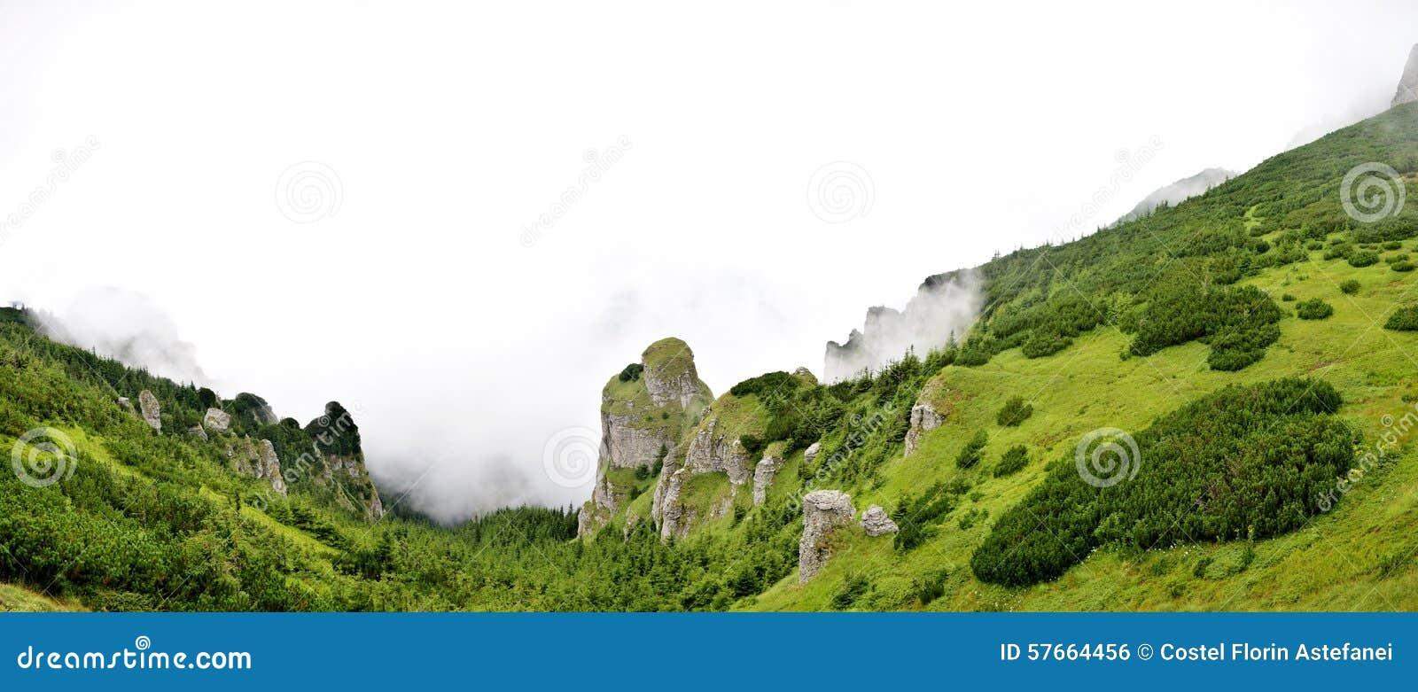 Panorama widok od ceahlau montains