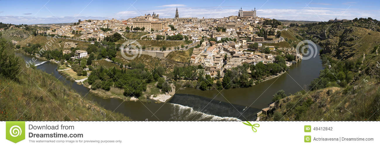 Download Panoramablick nach Toledo stockfoto. Bild von sommer - 49412842
