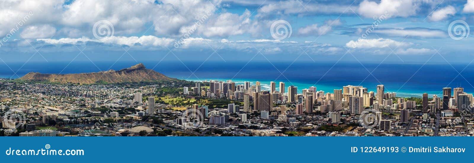 Panoramablick von Honolulu-Stadt, Waikiki und Diamond Head
