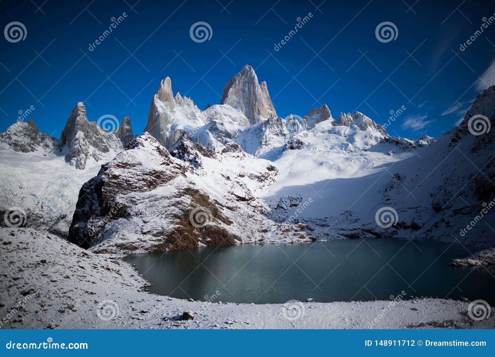 Panoramaticmening Laguna DE los Tres en Fitz Roy Mountain, Patagoni?, Argentini?