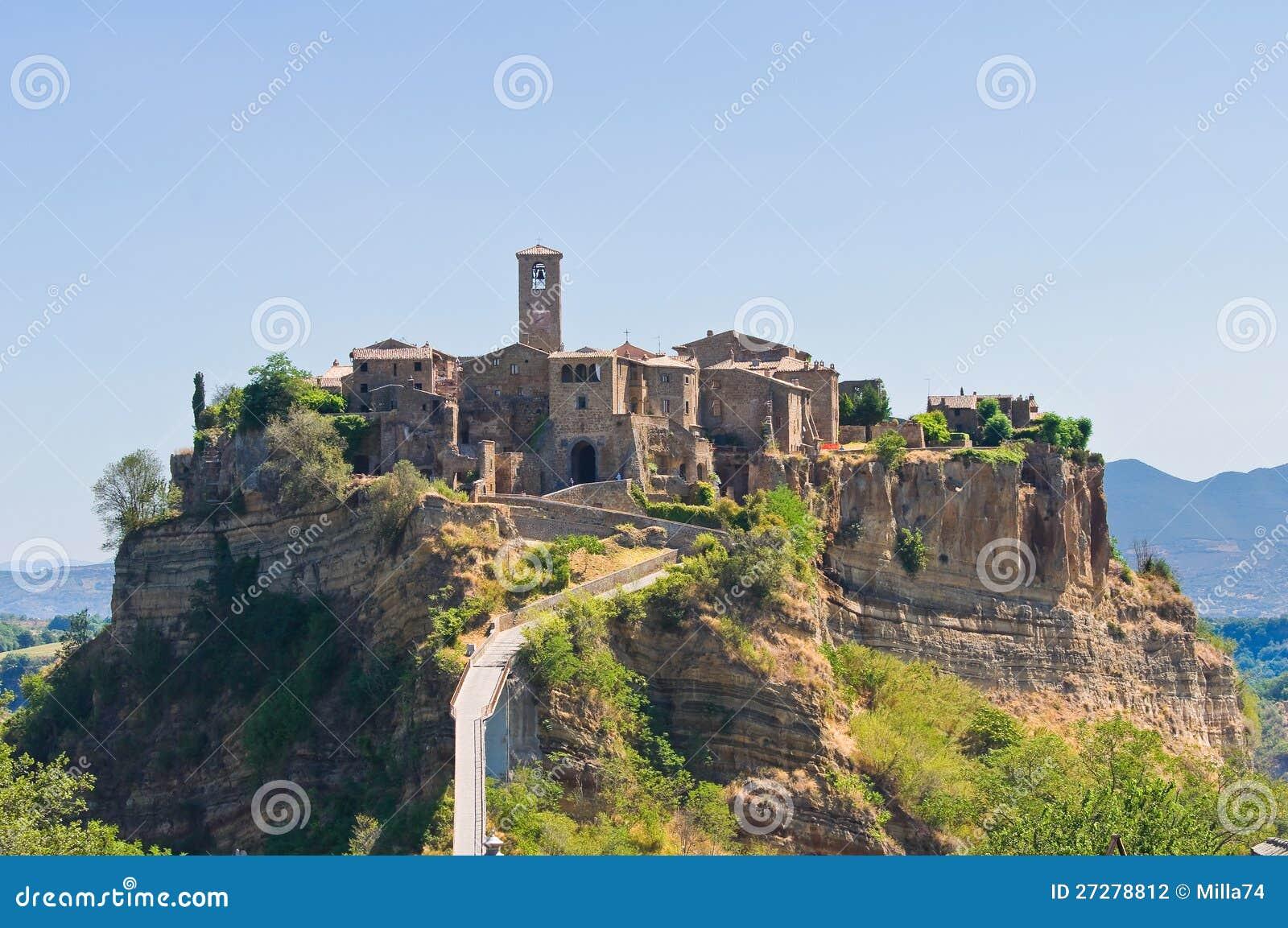 Panoramautsikt av Civita di Bagnoregio. Lazio. Italien.