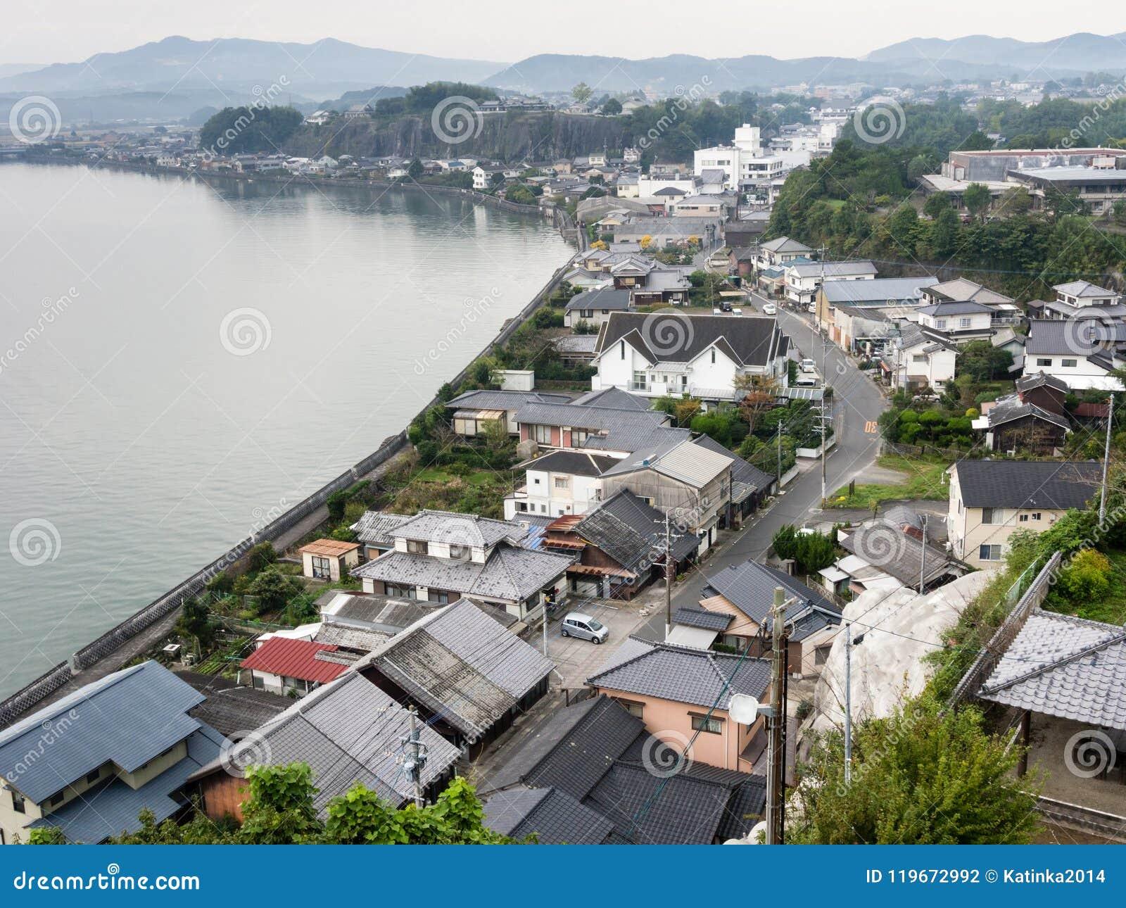 Panoramautsikt av den Kitsuki staden - Oita prefektur, Japan