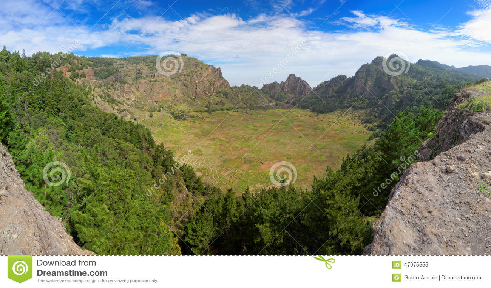 Panoramautsikt av den slocknade vulcanic krater på ön av Santo Antao, Kap Verde