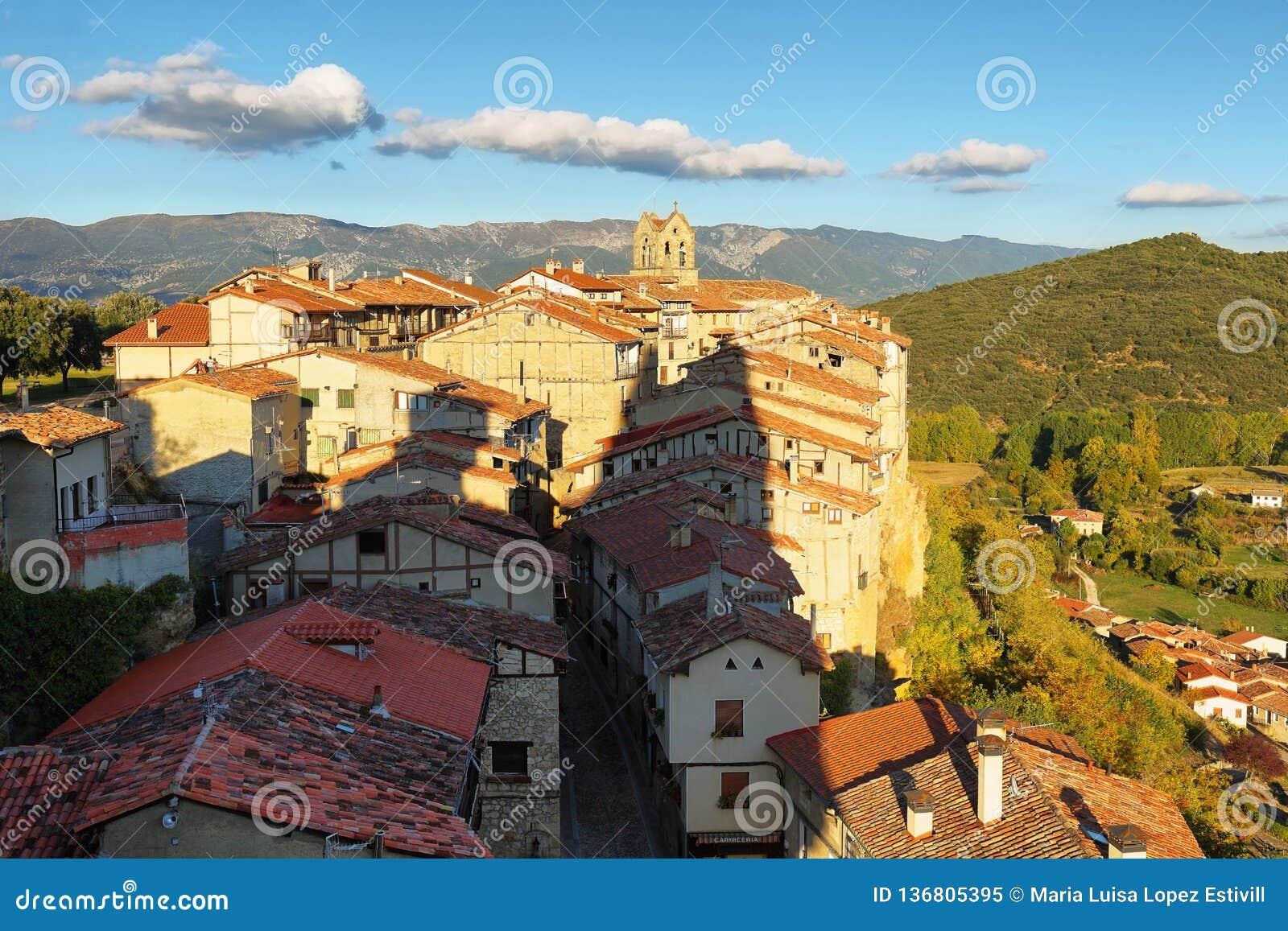 Panoramautsikt av Frias, Burgos, Spanien